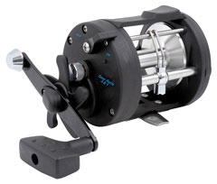 star-drag fishing reel